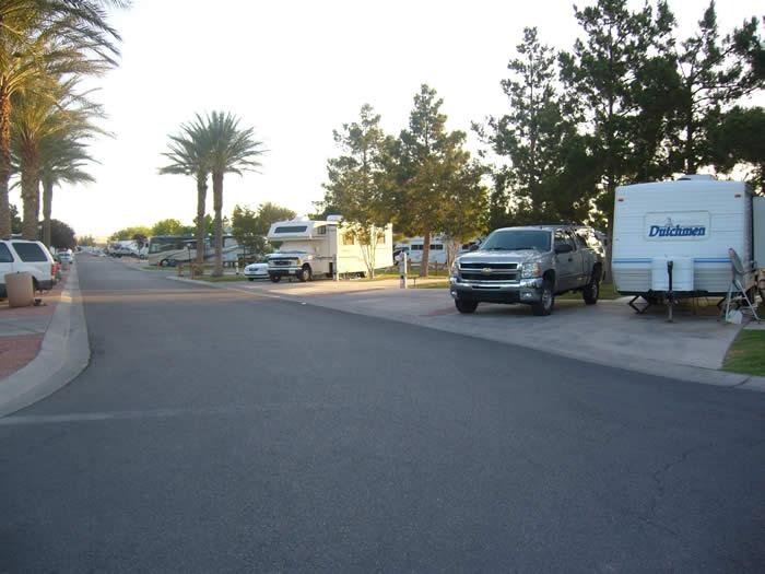 アメリカ レンタルキャンピングカー(モーターホーム)の旅 オアシスRVパーク