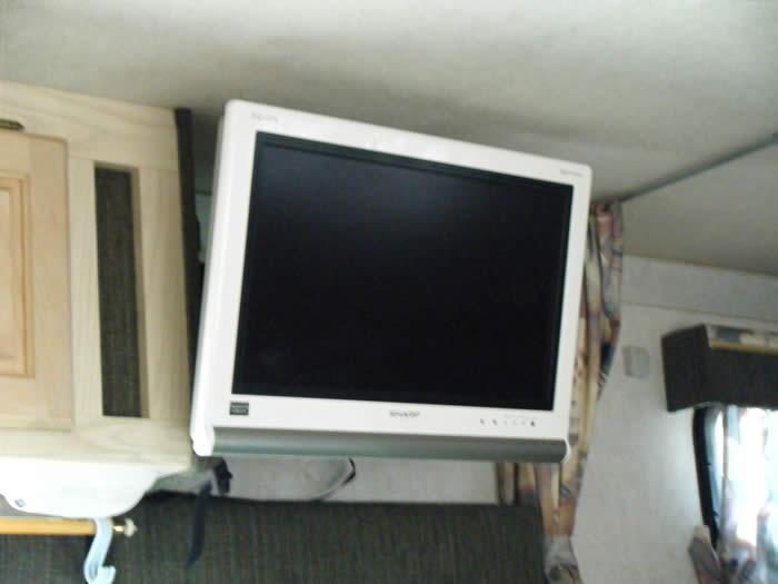 TV、DVDもご覧いただけます