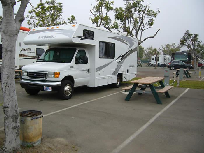 アメリカ レンタルキャンピングカー(モーターホーム)の旅 サンディエゴRVパークに佇むMyモーターホーム