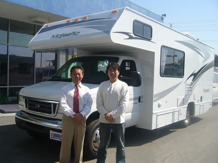 アメリカ レンタルキャンピングカー(モーターホーム)の旅 ロサンゼルスのガイドさんと