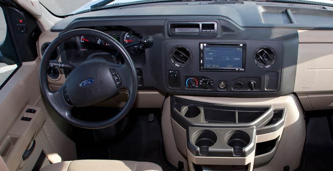 アメリカ・カナダ キャンピングカー(モーターホーム)の旅 FS-31タイプご利用『男女8人夏物語』