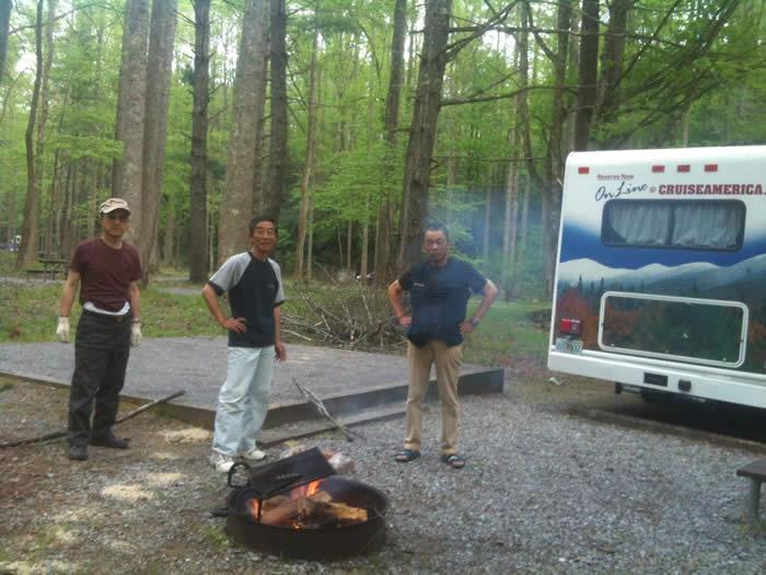 森の中のRVパークでBBQを満喫!